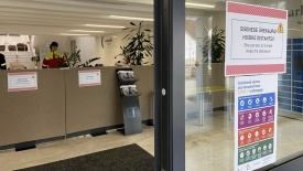 Borrowers are asked to enter the lobby one by one and sanitise their hands before and after taking the books from the locker. Photo: University of Tartu Library
